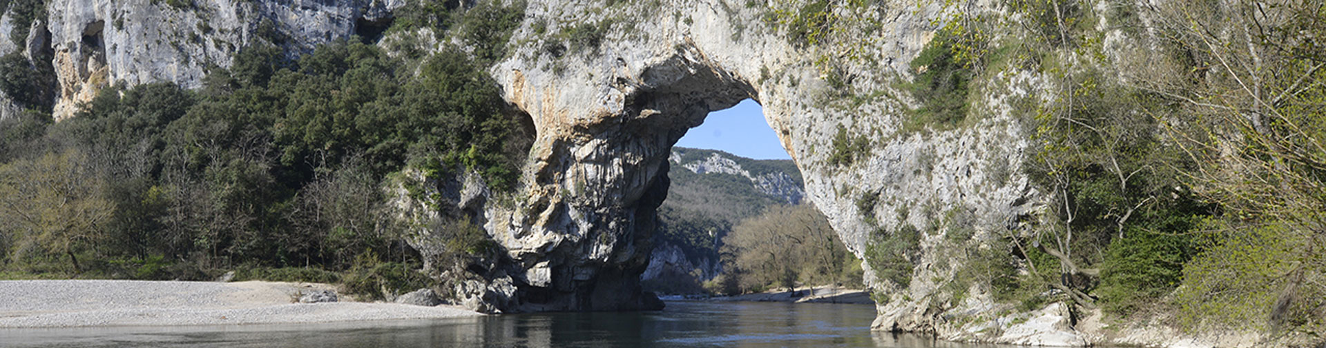 camping-gard-pont-ardeche-J-M-ANDRE