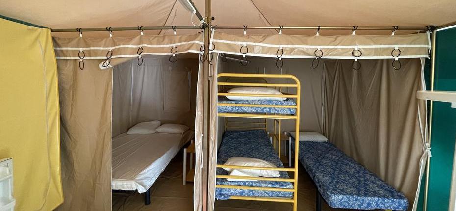 camping-gard-bungalow-interieure