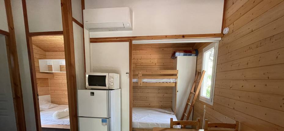 camping-gard-location-chalet-5p-sejour